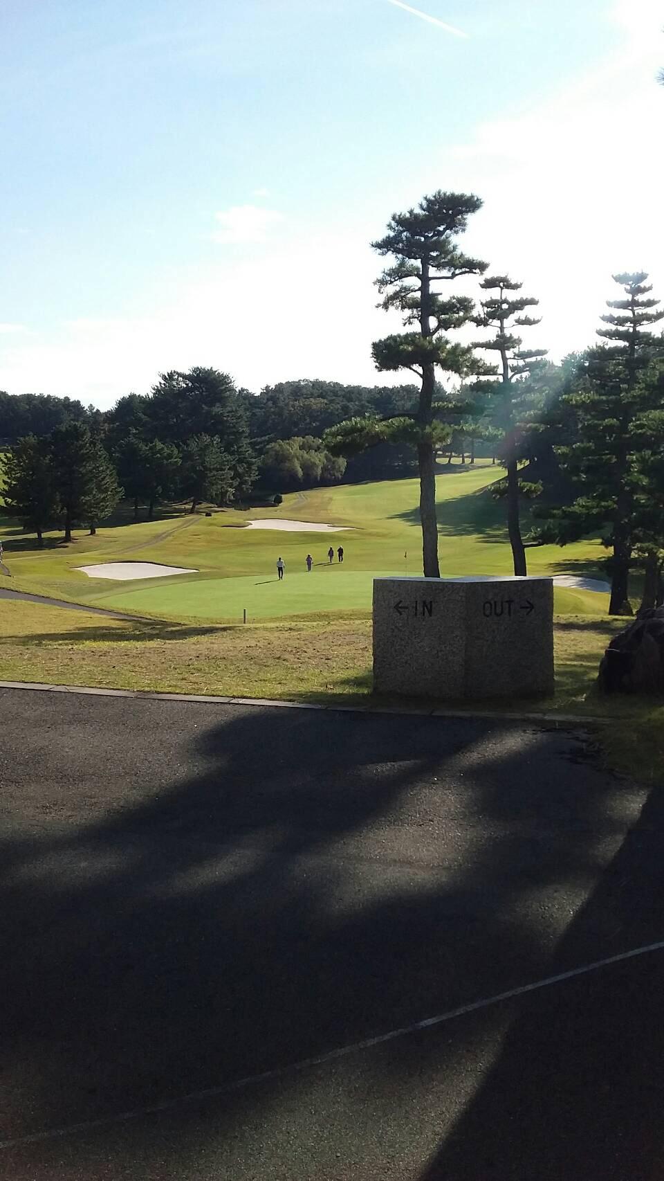 秋晴れゴルフ日和 天井の軽量下地施工紹介